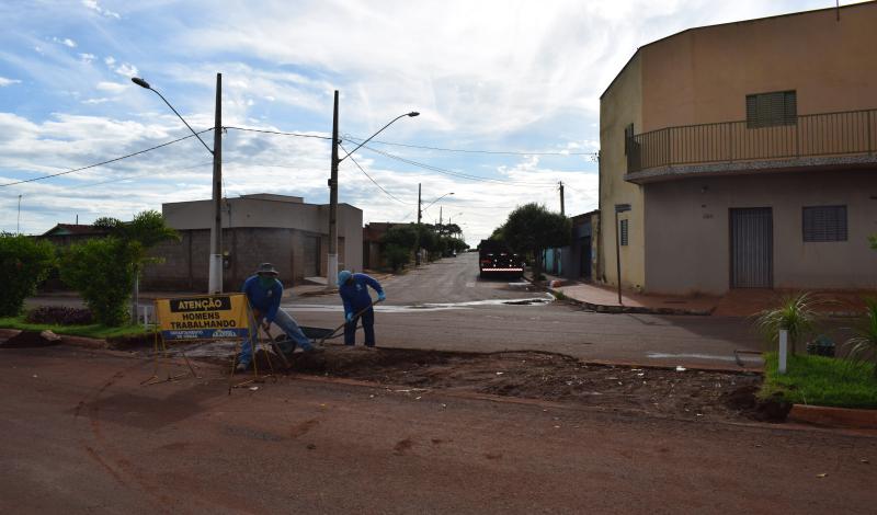 Imagem destaque notícia PREFEITURA INICIA CONSTRUÇÃO DE RETORNO NA AVENIDA AZOR MARQUES